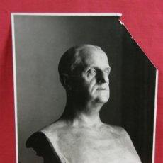 Fotografía antigua: FOTO BUSTO HOMBRE PÚBLICO ESQUINA SUPERIOR DERECHA RASGADA DEDICADO AL DORSO 1939. Lote 37196661