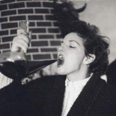 Fotografía antigua: RAMON MASATS. LA ACTRIZ JANE RUSSELL EN SU VISITA A ESPAÑA. 1961 ORIGINAL DE EPOCA. Lote 40102241