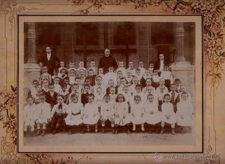. FOTOGRAFIA DE UN GRUPO DE ESCOLARES.. 25X18 CM. CA. 1910 (Fotografía - Artística)