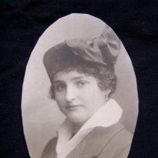 Alte Fotografie - Retrato mujer con sombrero y lazo primer tercio Siglo XX - 42461810