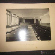 Fotografía antigua: BILBAO - EDIFICIO INSTITUTO - DISPOSICION DE LAS AULAS - SELLO EN SECO ROISIN - (F-822). Lote 44006373