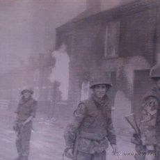Fotografía antigua: FOTOGRAFÍA ORIGINAL AGENCIA EUROPA PRESS - SOLDADOS BRITANICOS EN BELFAST - 1971. Lote 44015713