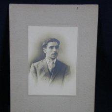 Fotografía antigua: FOTOGRAFIA RETRATO HOMBRE CON TRAJE HABANA DEDICADA 1910. Lote 44724987