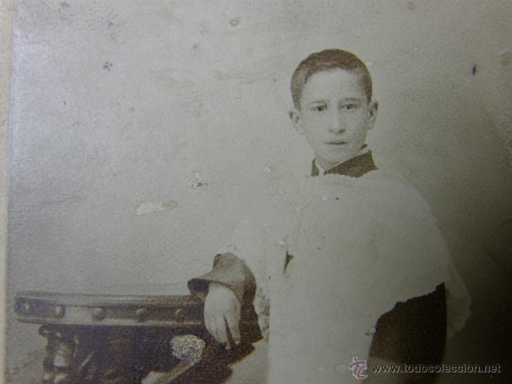Fotografía antigua: niño monaguillo fotografo v. alejandro mayor 33 madrid 13x9cms - Foto 2 - 46664998