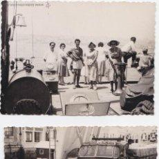 Fotografía antigua: F-143. EMBARQUE EN BARCELONA A BALEARES. AÑOS 60. DOS FOTOS.. Lote 47845645