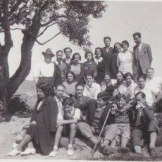 Fotografía antigua: F- 167. ANTIGUA FOTOGRAFIA DE GRUPO. PI DE L'INDIA, MASNOU. AÑOS 30.. Lote 47848117