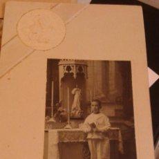 Fotografía antigua: RETRATO DE PRIMERA COMUNIÓN. FOTÓGRAFO PACHECO Y VIUDA DE PROSPERI VIGO. 28 X 16 CM. Lote 48626358