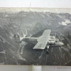 Fotografía antigua: ANTIGUA FOTOGRAFIA GRAN TAMAÑO, AVIÓN SUIZO HB-HOX. 60CM. MESURATION CADASTRALE SUISSE. AÑOS 50-60. Lote 48673502