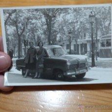 Fotografía antigua: ANTIGUA FOTOGRAFIA ESPAÑOLA DE COCHE ANTIGUO. Lote 48696421