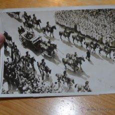 Fotografía antigua: ANTIGUA FOTOGRAFIA ORIGINAL DE PRENSA DE FRANCIA, CON EXPLICACION DE DIARIO, 1939. Lote 48726456