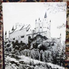 Fotografía antigua: FOTOGRAFIA EN GRAN FORMATO DE LOS AÑOS 60. AUTOR ANONIMO. VISTA DE UN CASTILLO (40,6 CM. X 30 CM.). Lote 48972848
