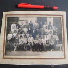 Fotografía antigua: FOTO DE GRUPO ESCOLAR DE VALENCIA - AÑOS 40/50. Lote 49086199