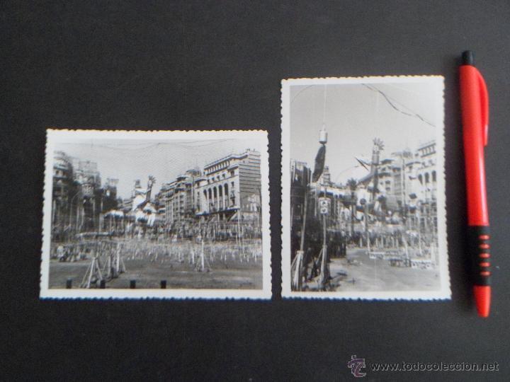 2 FOTOS DE LA FALLA DE LA PLAZA DEL CAUDILLO DE VALENCIA PREVIA A LA MASCLETA - 1968 - (Fotografía - Artística)