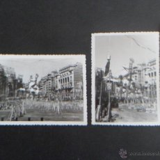 Fotografía antigua: 2 FOTOS DE LA FALLA DE LA PLAZA DEL CAUDILLO DE VALENCIA PREVIA A LA MASCLETA - 1968 -. Lote 49156387