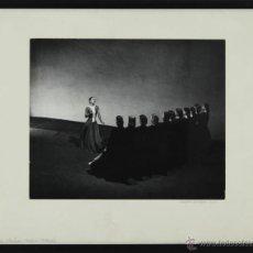 Fotografía antigua: FOTOGRAFIA ORIGINAL DE BARBARA MORGAN A MARTHA GRAHAM. AMERICAN PROVINCIALS. 1935.. Lote 49500412