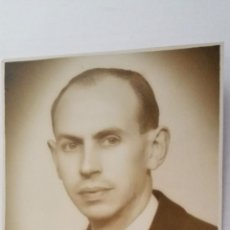 Fotografía antigua: ANTIGUA FOTOGRAFIA, JOVEN POSANDO, ENERO 1942, FOTO MENDOZA. Lote 50206439