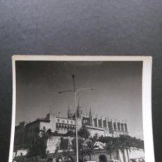 Fotografía antigua: FOTO VINTAGE CATEDRAL DE PALMA DE MALLORCA (CIRCA 1960). Lote 50564053
