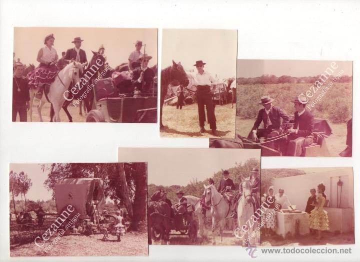 12 IMÁGENES DEL CAMINO DEL ROCÍO. HERMANDAD DE TRIANA - SEVILLA. C. 1964 (Fotografía - Artística)