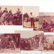 Fotografía antigua: 12 IMÁGENES DEL CAMINO DEL ROCÍO. HERMANDAD DE TRIANA - SEVILLA. C. 1964. Lote 51063091