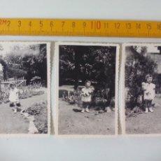 Fotografía antigua: LOTE DE 3 FOTOGRAFÍAS ANTIGUAS DE LOS AÑOS 50, NIÑA CON MUÑECA . FOTO ANTIGUA.. Lote 51109670