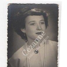 Fotografía antigua: RETRATO. ISABELITA. DEDICADA. C. 1950. 9 X 6 CM.. Lote 51386259