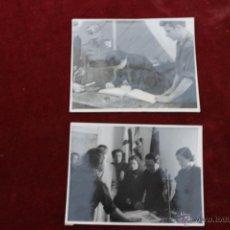 Fotografía antigua: 2 FOTOS PILAR PRIMO DE RIVERA, MISA DE CAMPAÑA EN EL ESCORIAL. Lote 52965456