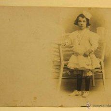 Fotografía antigua: FOTOGRAFÍA INFANTIL.BANÚS BCN. 9 X 14 CM. Lote 53937777