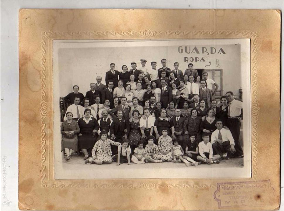 CURIOSA FOTOGRAFÍA RESTAURANTE BIARRITZ. CALLE ALMANSA. MADRID. 19 X 24 CM (Fotografía - Artística)