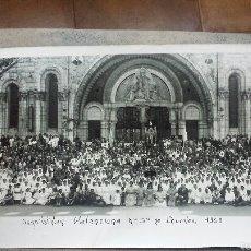 Fotografía antigua: XXV PEREGRINACIÓN CON ENFERMOS HOSPITALIDAD VALENCIANA NUESTRA SEÑORA DE LOURDES 1969-CON FALLERAS. Lote 56372522