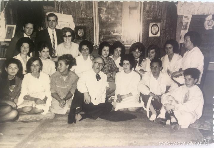 GRUPO ESTUDIANTES ESTUDIO PINTURA PINTORES MANUEL CONCHA MARIA GUTIERREZ NAVAS Y OTROS MADRID 1960 (Fotografía - Artística)