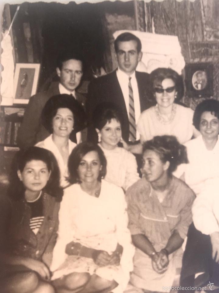 Fotografía antigua: Grupo estudiantes estudio pintura pintores manuel concha maria gutierrez navas y otros madrid 1960 - Foto 3 - 58565207