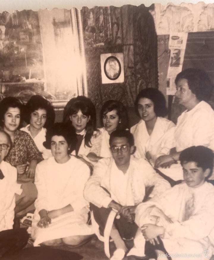 Fotografía antigua: Grupo estudiantes estudio pintura pintores manuel concha maria gutierrez navas y otros madrid 1960 - Foto 7 - 58565207