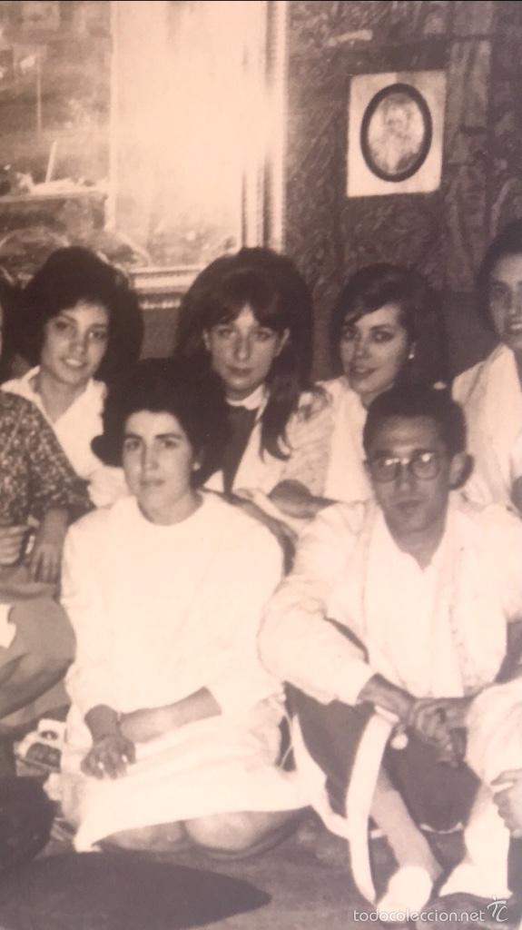 Fotografía antigua: Grupo estudiantes estudio pintura pintores manuel concha maria gutierrez navas y otros madrid 1960 - Foto 13 - 58565207