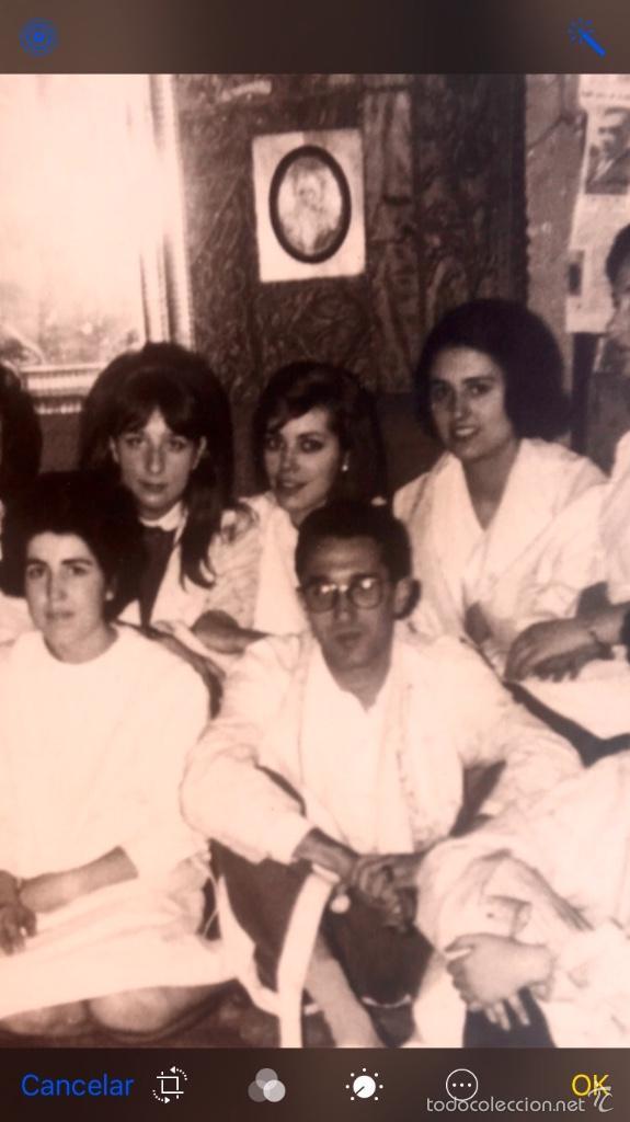 Fotografía antigua: Grupo estudiantes estudio pintura pintores manuel concha maria gutierrez navas y otros madrid 1960 - Foto 14 - 58565207