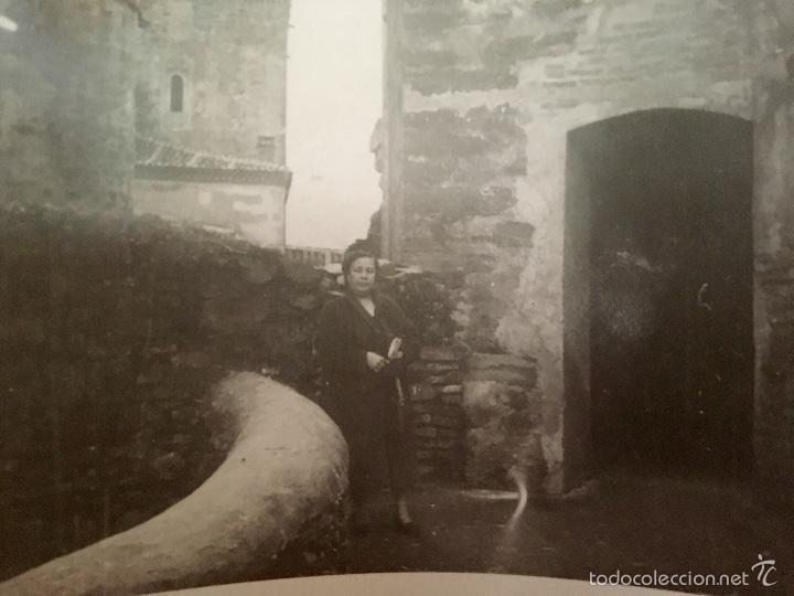 Fotografía antigua: monasterio parador de guadalupe 1956 caceres medieval en piedra foto en blanco y negro 10x7 - Foto 2 - 58568698