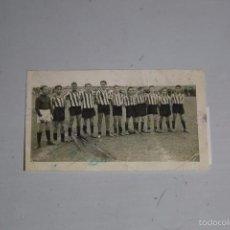 Fotografía antigua: FOTO ORIGINAL EQUIPO DE FUTBOL ANIS ESPRONCEDA 1951. MEDIDA 9X5,5CM. Lote 60375883