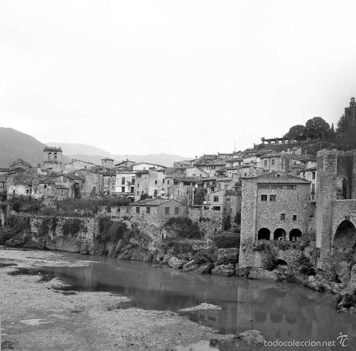 Fotografía antigua: 2 imágenes de Besalú (prov. Girona), 1969. Excelente calidad. - Foto 2 - 60889491