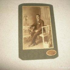 Fotografía antigua: ANTIGUA FOTO DE CABALLERO . FOTO PEREFERRER Y BARBER . GERONA. Lote 64901659