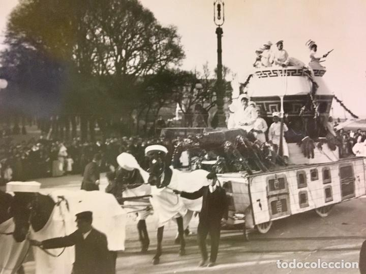 Fotografía antigua: San Sebastián carnavales 1900 fot Galarza carroza 18x24cms - Foto 2 - 64935663