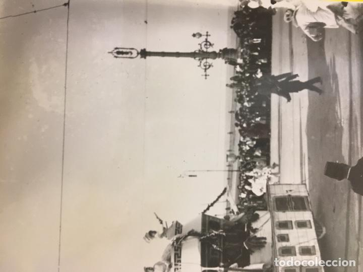 Fotografía antigua: San Sebastián carnavales 1900 fot Galarza carroza 18x24cms - Foto 4 - 64935663