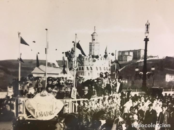 Fotografía antigua: San Sebastián carnavales 1900 fot Galarza carroza 18x24cms - Foto 9 - 64935663
