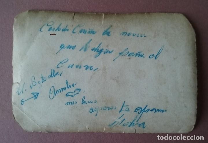 Fotografía antigua: ANTIGUA FOTOGRAFIA HOMBRE CON TRAJE. DEDICADA. ASTURIAS. AÑOS 50. - Foto 2 - 75318147