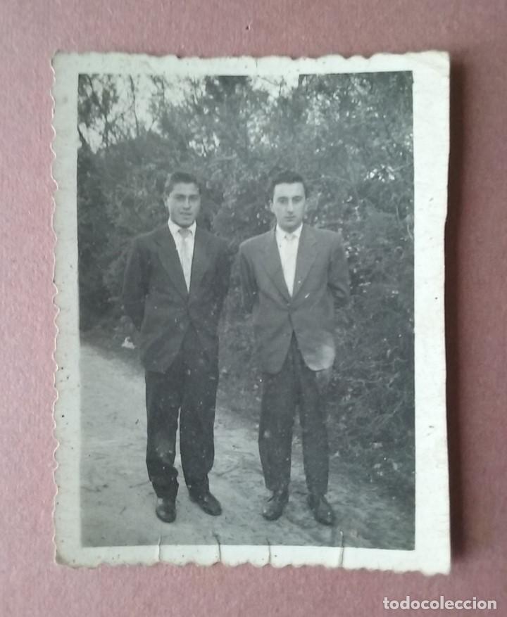 ANTIGUA FOTOGRAFIA HOMBRES JOVENES. FOTO ROSA. LUGO. AÑOS 50. (Fotografía - Artística)