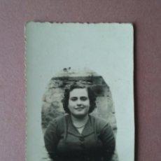 Fotografía antigua: ANTIGUA FOTOGRAFIA MUJER RETRATO. MIERES ALLER ?. ASTURIAS. AÑOS 50.. Lote 75636771
