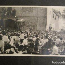 Fotografía antigua: SEVILLA - ROMERIA DEL ROCIO -FOTOGRAFIA SERRANO - -VER FOTOS-(V- 9523). Lote 78644029