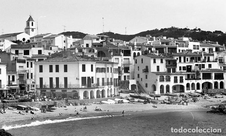 Fotografía antigua: 18 fotos (17 negativos 24x36 mm y 1 de 55x55mm) de Calella de Palafrugell, 1979. Empordà, Girona - Foto 3 - 85435748