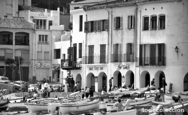 Fotografía antigua: 18 fotos (17 negativos 24x36 mm y 1 de 55x55mm) de Calella de Palafrugell, 1979. Empordà, Girona - Foto 4 - 85435748