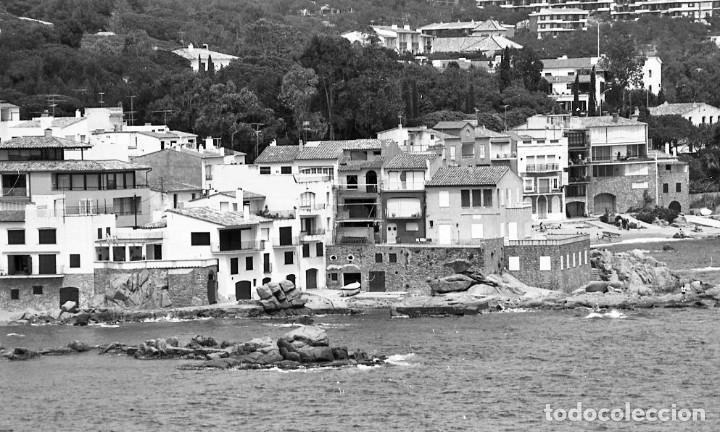 Fotografía antigua: 18 fotos (17 negativos 24x36 mm y 1 de 55x55mm) de Calella de Palafrugell, 1979. Empordà, Girona - Foto 5 - 85435748