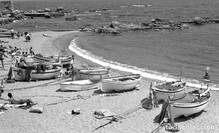 Fotografía antigua: 18 fotos (17 negativos 24x36 mm y 1 de 55x55mm) de Calella de Palafrugell, 1979. Empordà, Girona - Foto 9 - 85435748