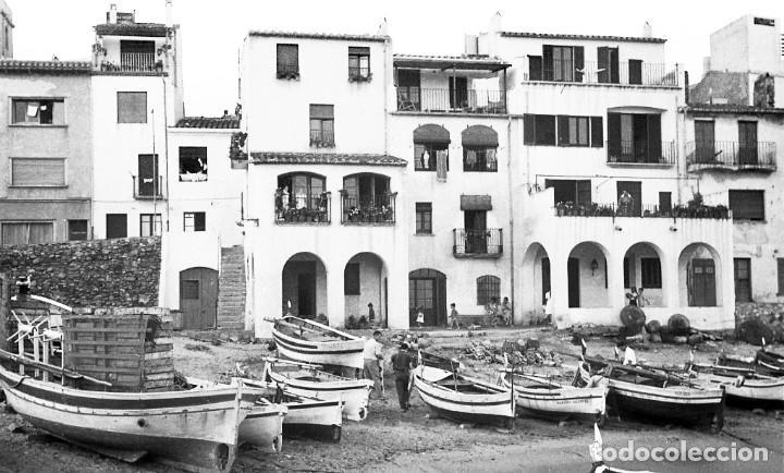 Fotografía antigua: 18 fotos (17 negativos 24x36 mm y 1 de 55x55mm) de Calella de Palafrugell, 1979. Empordà, Girona - Foto 12 - 85435748